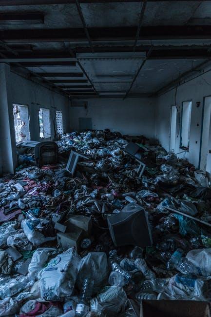 limpieza por acumulación compulsiva en Empuriabrava